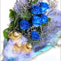 Chocolate & 6 holland Blue Bouquet