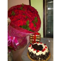 RED ROSES BOUQUET #124