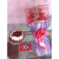 RED ROSES BOUQUET #108