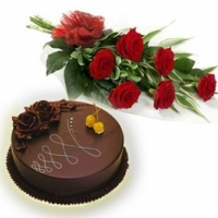 6 Red Roses with 1/2 Kg Cake