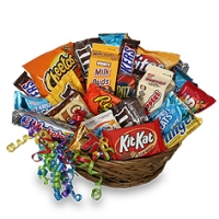 CHOCS & CANDY BASKET GIFT