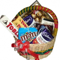 chocolate basket love
