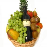 8 items fruits w/sparkling Juice
